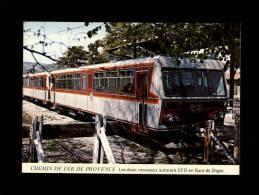 04 - DIGNE - Chemins De Fer De Provence - Les Deux Nouveaux Autorails CFD - Locomotive - Train - Gare - Digne