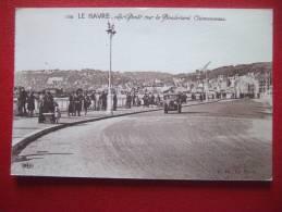 76 - LE HAVRE - LES PONTS SUR LE BOULEVARD CLEMENCEAU - VIEILLE VOITURE ... - Le Havre