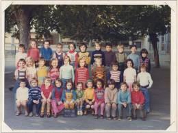 PHOTO DE CLASSE  38 VIENNE école ST CHARLES  Classe CP 1975- 1976 - B2 - Photographs