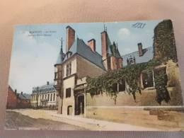 18 CPA N°361 BOURGES La Musée ( Ancien Hôtel Cujas ) - Bourges
