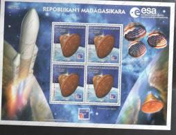 SELLOS DE MADAGASCAR - Madagascar (1960-...)