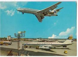 TRANSPORT AERODROME FRANKFURT AM MAIN RHEIN MAN GERMANY BIG CARD OLD POSTCARD 1968. - Aerodrome