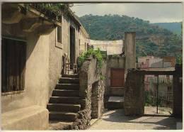 GRANITI (ME) TIPICO CORTILE MEDIOEVALE RARA - Messina