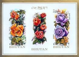 BHUTAN FLOWER SERIES 2 STAMP IMPERF MINIATURE SHEET BHUTAN 1973 MINT MNH - Planten