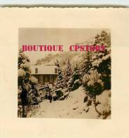 64 - TARDETS < Chateau De Navau Sous La Neige En 1956 - VOIR  DESCRIPTION < Photo 7cm X 7.5cm - Places