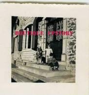 64 - TARDETS < Entrée Du Chateau De Navau En 1956 - VOIR DESCRIPTION < Photo 7cm X 7.5cm - Dos Scané - Places