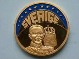 ECU SVERIGE 1997 / Goudkleurige PENNING Met Blauwe Glazuur ( Details Zie Foto´s) !! - Unclassified