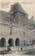 1133 - Manoir De Guernachanay , Près Plouaret - Pavillon Et Galeries Dans La Cour - Hamonic - France