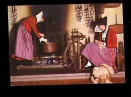 """COURMAYEUR Aosta : Camino Del Caffe Della Posta Folklore """"la Badoche """" Travail De La Laine Rouet Wool - Italia"""