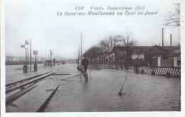 498 - Paris - Inondation 1910 - La Ligne Des Moulineaux Au Quai De Javel ( Marque Rose Paris ) Carte RARE Chemin Fer - De Overstroming Van 1910