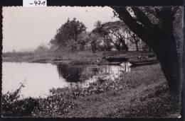 Madagascar - Mananjary : Canal Des Pangalanes Et Barques (1956); 2 Trous D'épingles Milieu En Ht Et En Bas(scan) (-471) - Madagascar