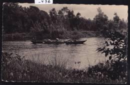 Madagascar - Mananjary, Pirogue Chargée Descendant Le Canal Des Pangalana (1957) ; 2 Trous D´ép. (scan) (-476) - Madagascar