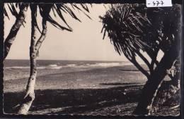Madagascar - Manakara : Piste Côtière (1958) ; 2 Trous D´ép. (scan) (-477) - Madagascar