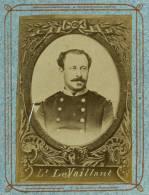 1872 Photo Médaillon Militaire Ecole état Major De Saint Cyr OFFICIER LIEUTENANT LE VAILLANT - Guerre, Militaire