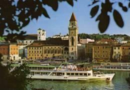 00176  Motorschiff RÀKÒCZI Bei Passau Auf Der Donau - Mahart Budapest - Bateaux
