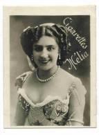 """CHROMO CIGARETTES MELIA ALGER PIN UP  : """"Femme En Portrait"""" - Collier De Perles - Melia"""
