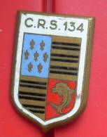 INSIGNE CRS     CRS 134 ROANNE  DRACO ROMAINVILLE - Police & Gendarmerie