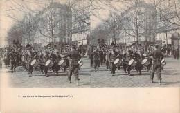 Militaria - As-tu Vu La Casquette, La Casquette ?.. (carte Stéréo) - Militaria