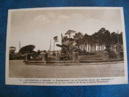 CP...MOURMELON LE GRAND..EMPLACEMENT DE LA PYRAMIDE ELEVEE PAR NAPOLEON 1er..NON ECRITE - Mourmelon Le Grand