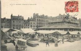 35 RENNES PLACE DE LA HALLE AU BLE JOUR DE MARCHE - Rennes
