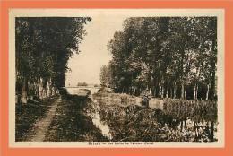 45 BRIARE Les Bords De L'ancien Canal // CPA - Briare