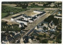 """PLANCOET  - Le Collège D'Enseignement Général """" Chateaubriand """"...... CPM - Plancoët"""
