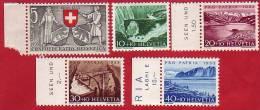 Série Neuve Sans Charnière  De 1953, En Bord De Feuilles Pour 4 Timbres Sur 5. - Unused Stamps