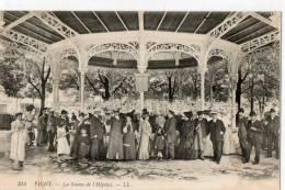 VICHY    La Source De L'hopital - Vichy