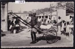 Madagascar - Tuléar - Toliara : Un Pousse-pousse Au Marché - Vers 1957 (-503) - Madagascar