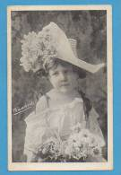 Petite Fille Avec Chapeau Et Fleurs   EDT/N° - Abbildungen