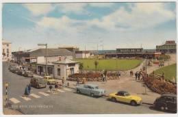 Teignmouth - The Den: MG MG B, VAUXHALL VICTOR, MORRIS MINOR TRAVELLER, AUSTIN MINI - Turismo