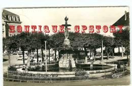 23  GUERET - Edition Théojac 96-11 < Fontaine De La Place Bonnyaud - Dos Scané - Guéret
