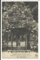 L'HAY LES ROSES , Entrée De La Collection Des Rosiers Sarmenteux , Hyb. Remontants - L'Hay Les Roses
