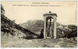 04-ANNOT-Monument Historique-Vieille Croix - Francia