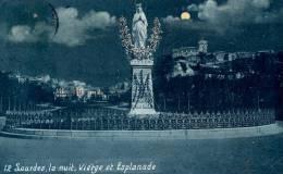 LOURDES   La Nuit Vierge Et Esplanade  écrite - Lourdes