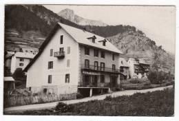 05-Cervières ( Alt.1609 M) L'Hôtel Du Col D'Izoard-  Cpsm Noir Et Blanc - Andere Gemeenten