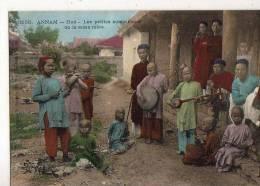 Annam  Hué  Les Musiciennes De La Reine Mère - Postcards