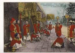 Annam  Hué  Escorte Royale - Postcards