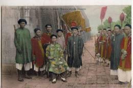 Annam  Hué  Escorte Royale Et Le Chef De Garde - Postcards