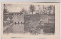 CPA DPT 59 CAMBRAI, TOUR DES ARQUETS, ENTREE DE L ESCAUT DANS CAMBRAI - Cambrai