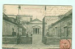 TROYES / PALAIS DE JUSTICE / Animée - Troyes