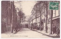 Asnières - Rue De Bretagne (petite Animation, Commerces, Pont De Chemin De Fer Au Fond) A Circulé En 1917 - Asnieres Sur Seine