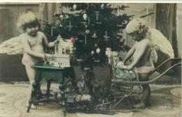 Weihnachten Engel Mit Spielzeug Unter Dem Weihnachtsbaum  1921 - Weihnachten