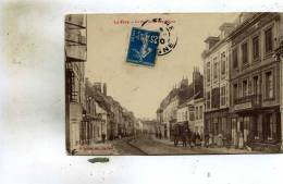 La Fere  02    La Rue De La Republique Tres Animée-Bar Et Epicerie - Frankreich