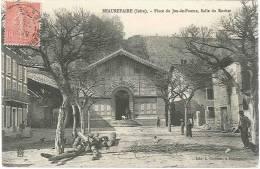 CPA 38 - Beaurepaire - Place Du Jeu De Paume - Salle Du Rocher - Beaurepaire