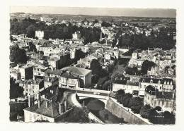 Cp, 85, Fontenay-le-Comte, La Vendée, Le POnt Neuf - Fontenay Le Comte