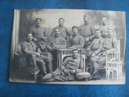 CP.CARTE PHOTO..GROUPE DE SOLDATS..GRAND PERE MEUNIER  ALLEMAGNE 14-18..98° INFANTERIE CHR SAPEUR..LYON ET ROANNE - Guerra 1914-18