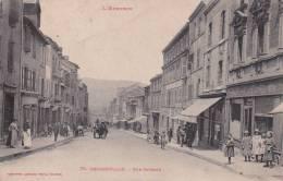 CPA 12  DECAZEVILLE ,rue Cayrade. (animée...) 1916. - Decazeville