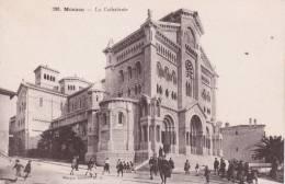 CPA MONACO , La Cathédrale. (animée...) - Monaco