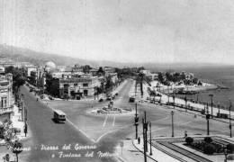 """Bellissima Cartolina  Anni 50    """"  MESSINA -   Piazza Del Governo E Fontana Del Nettuno  """" - Messina"""